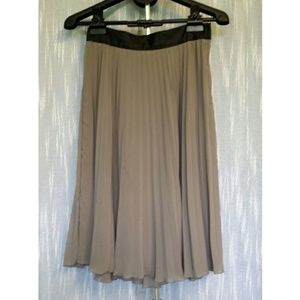 H&M Taupe Midi Pleated Accordion Skirt 10